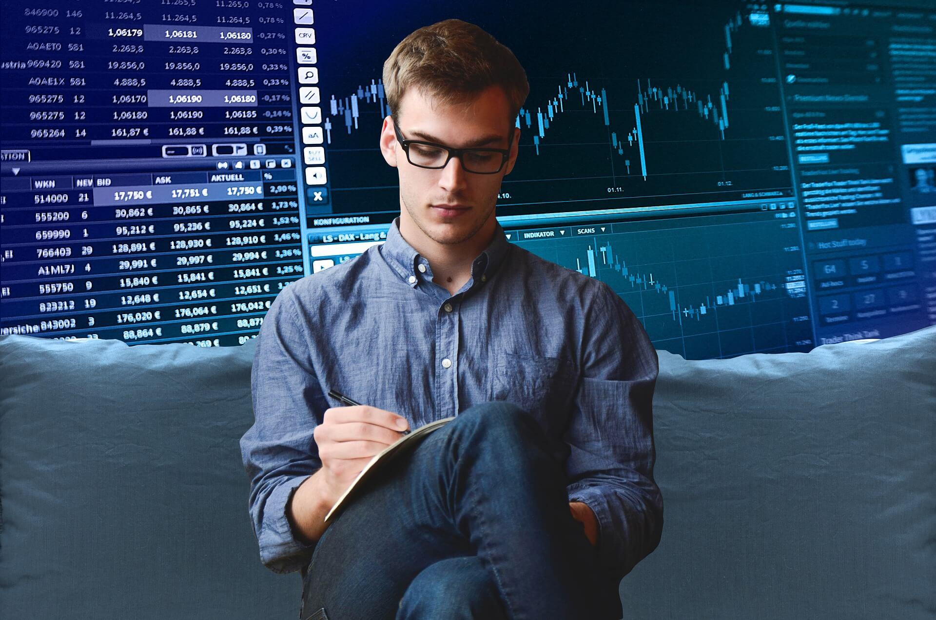 Beim ETF Depot Vergleich bzgl. ETF Sparplänen sind einige Kriterien zu beachten.